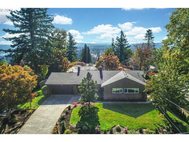 1100 SW Mitchell St, Portland, OR 97239 (MLS #21639835) :: Song Real Estate