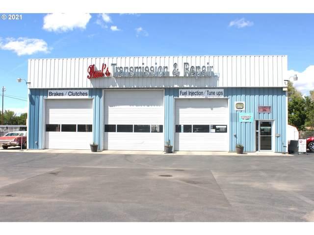 2540 Cedar St, Baker City, OR 97814 (MLS #21639971) :: Fox Real Estate Group