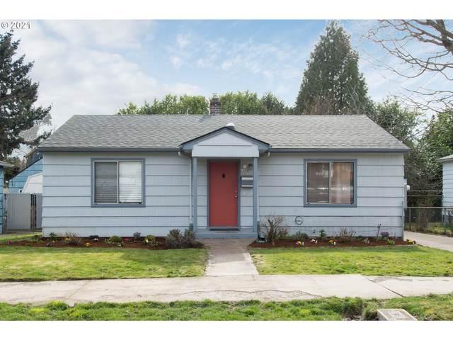2888 SE Sherman St, Portland, OR 97214 (MLS #21640718) :: Coho Realty