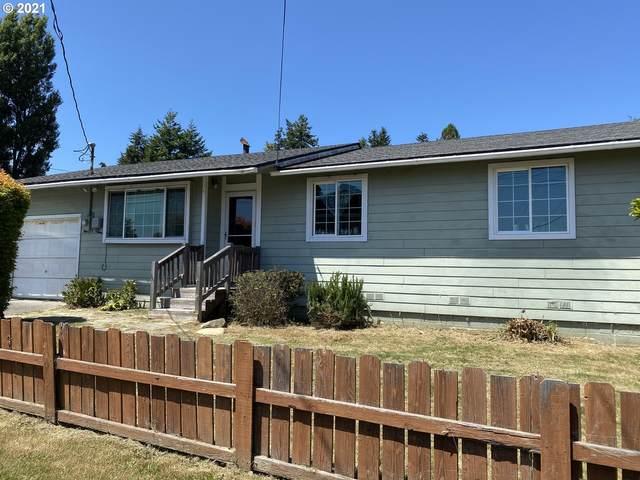 829 Pioneer Rd, Brookings, OR 97415 (MLS #21641835) :: Townsend Jarvis Group Real Estate