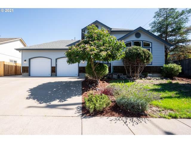 3493 Kendra St, Eugene, OR 97404 (MLS #21643608) :: Lux Properties