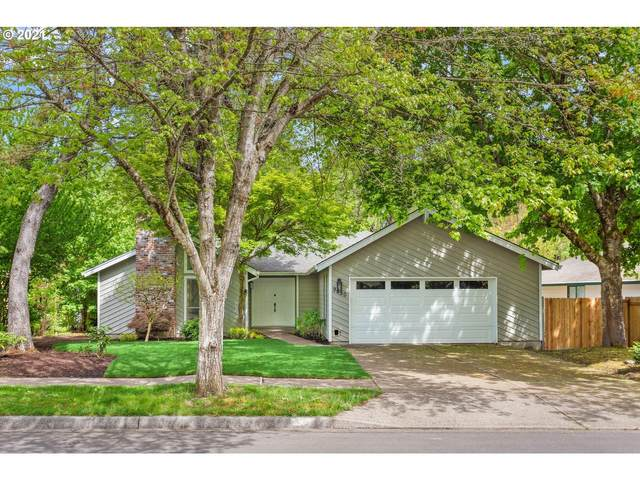 9650 SW Hialeah Dr, Beaverton, OR 97008 (MLS #21645175) :: The Pacific Group