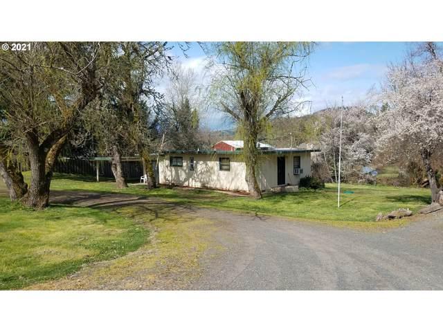 5040 Buckhorn Rd, Roseburg, OR 97470 (MLS #21647763) :: Premiere Property Group LLC