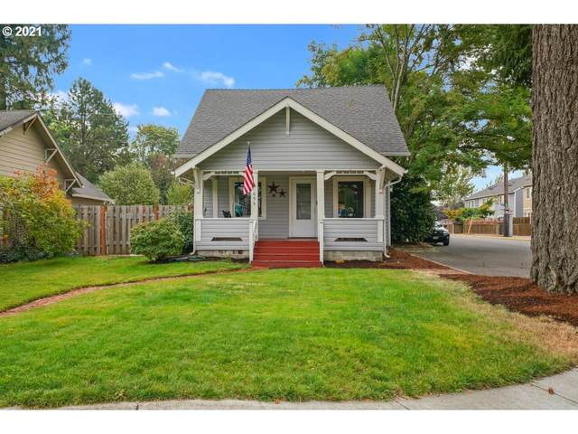 695 NW 3RD Ave, Canby, OR 97013 (MLS #21650162) :: Cano Real Estate