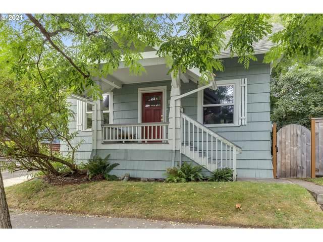 2031 SE 44TH Ave, Portland, OR 97215 (MLS #21650243) :: Cano Real Estate