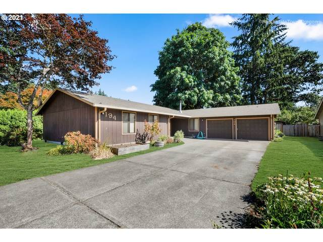 194 NE Hayes St, Hillsboro, OR 97124 (MLS #21651008) :: Real Tour Property Group