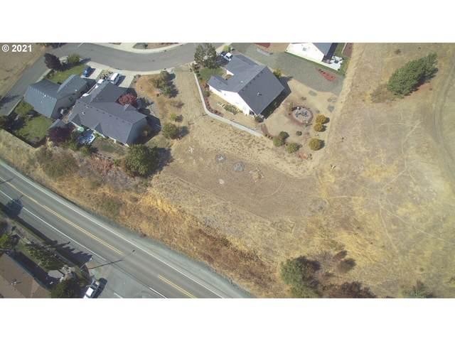 1340 NE Lisa Way, Myrtle Creek, OR 97457 (MLS #21653965) :: Stellar Realty Northwest