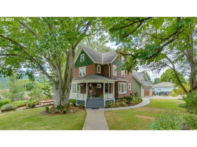 8710 N Willamette Blvd, Portland, OR 97203 (MLS #21656097) :: Cano Real Estate