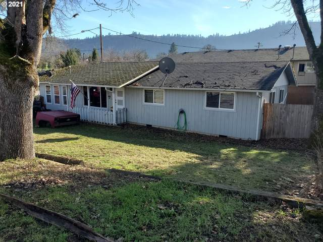271 SE Hungerford Ln, Winston, OR 97496 (MLS #21656735) :: Premiere Property Group LLC