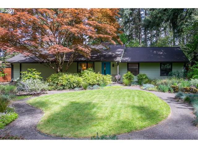 5221 Tree St, Lake Oswego, OR 97035 (MLS #21657264) :: Townsend Jarvis Group Real Estate