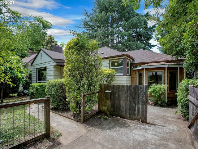 3221 SE 75TH Ave, Portland, OR 97206 (MLS #21659287) :: Song Real Estate