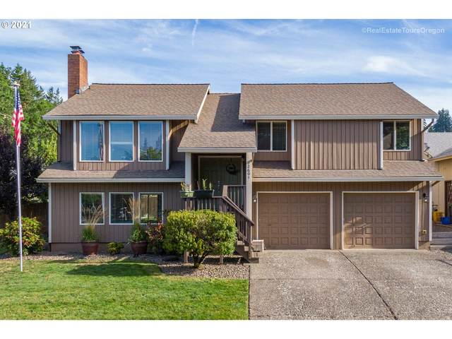 12601 SE Majestic Ln, Happy Valley, OR 97086 (MLS #21662554) :: Fox Real Estate Group