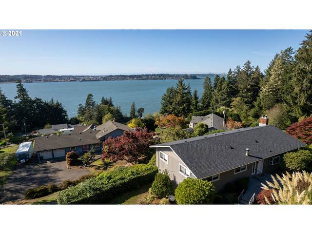 93969 Bridge View Ln, North Bend, OR 97459 (MLS #21662731) :: Townsend Jarvis Group Real Estate
