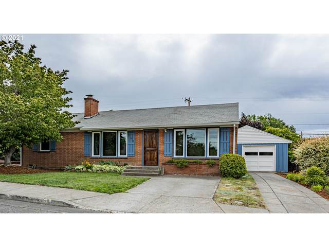 760 E 18TH St, The Dalles, OR 97058 (MLS #21663659) :: Tim Shannon Realty, Inc.