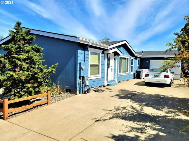 1015 Oak St #67, Silverton, OR 97381 (MLS #21664565) :: Lux Properties