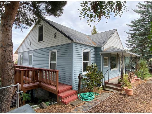 2409 Old Dufur Rd, The Dalles, OR 97058 (MLS #21666756) :: Townsend Jarvis Group Real Estate