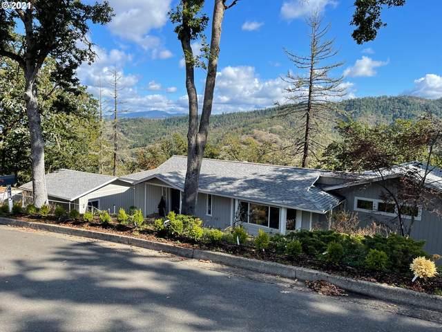 475 SE Summit Dr, Roseburg, OR 97470 (MLS #21666766) :: Premiere Property Group LLC