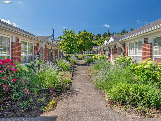 2633 NW Raleigh St #37, Portland, OR 97210 (MLS #21667560) :: Beach Loop Realty