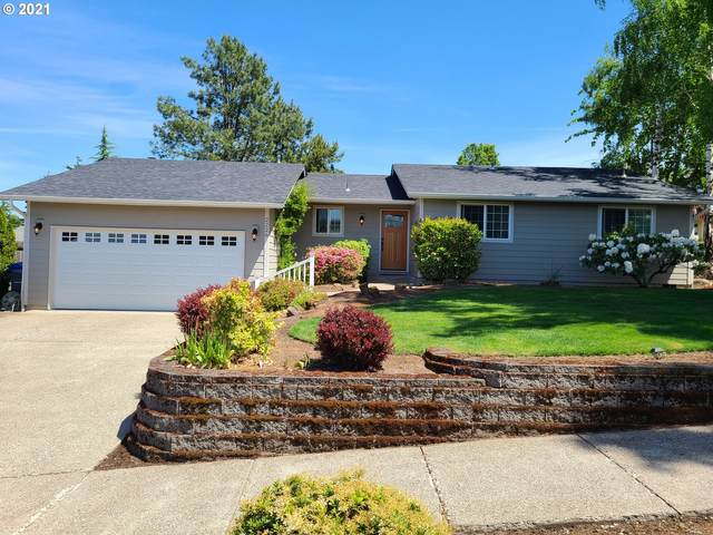 2226 15TH Ave NW, Salem, OR 97304 (MLS #21667632) :: Coho Realty