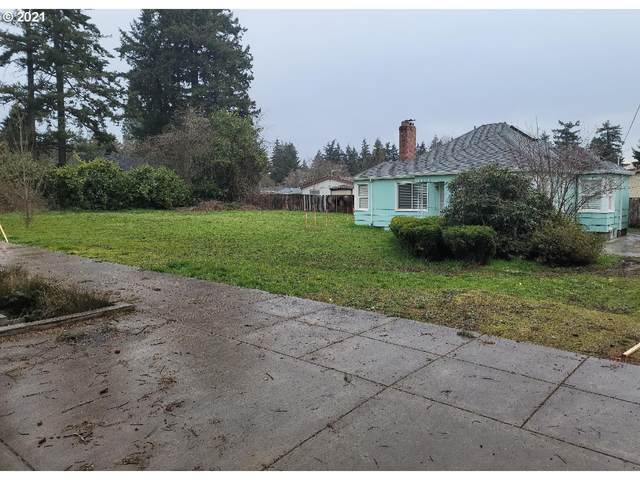 SE 131ST Ave, Portland, OR 97236 (MLS #21669474) :: The Pacific Group