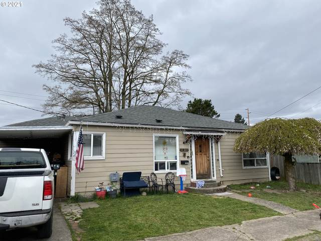 1015 S 6TH Ave, Kelso, WA 98626 (MLS #21670216) :: TK Real Estate Group