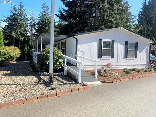 505 Shorepines Ave, Coos Bay, OR 97420 (MLS #21673702) :: Fox Real Estate Group
