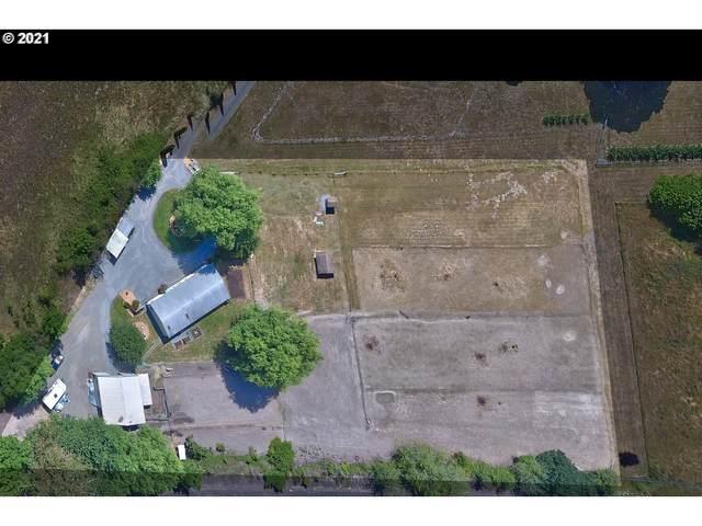 23855 NE Dayton Ave, Newberg, OR 97132 (MLS #21674436) :: Holdhusen Real Estate Group
