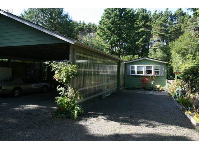 1600 Rhododendron Dr Spac #203, Florence, OR 97439 (MLS #21674518) :: Premiere Property Group LLC