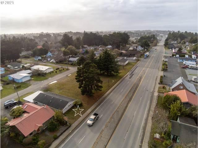 970 2ND St SE, Bandon, OR 97411 (MLS #21674668) :: Beach Loop Realty