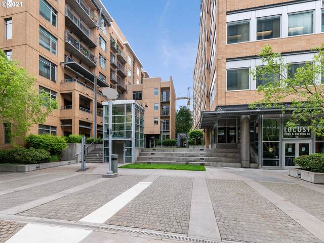 701 Columbia St #212, Vancouver, WA 98660 (MLS #21675395) :: Fox Real Estate Group