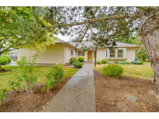742 SW Agee St, Mcminnville, OR 97128 (MLS #21675618) :: McKillion Real Estate Group