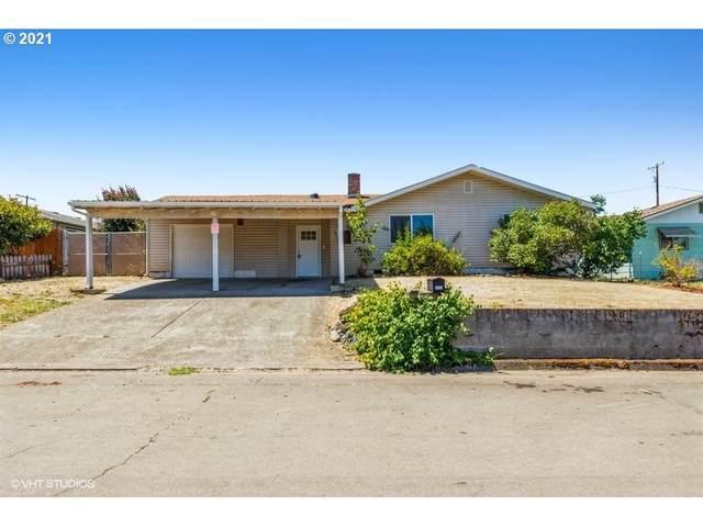 2234 Burdette Dr, Roseburg, OR 97471 (MLS #21677841) :: Brantley Christianson Real Estate