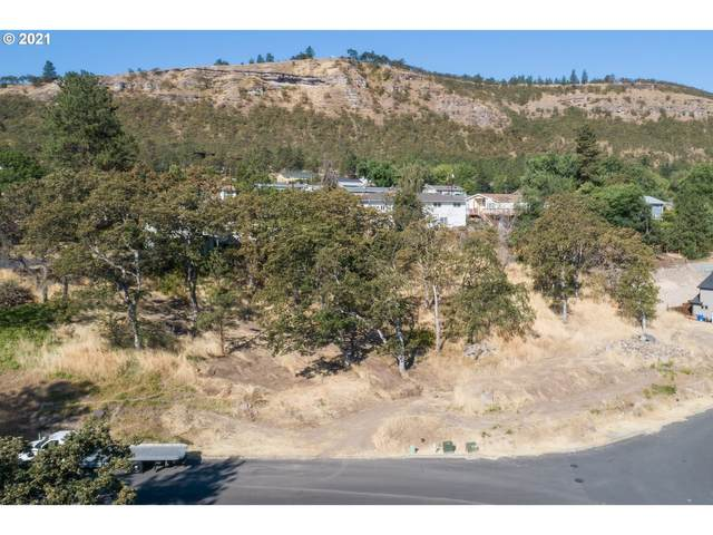2314 W 12TH, The Dalles, OR 97058 (MLS #21677983) :: Premiere Property Group LLC