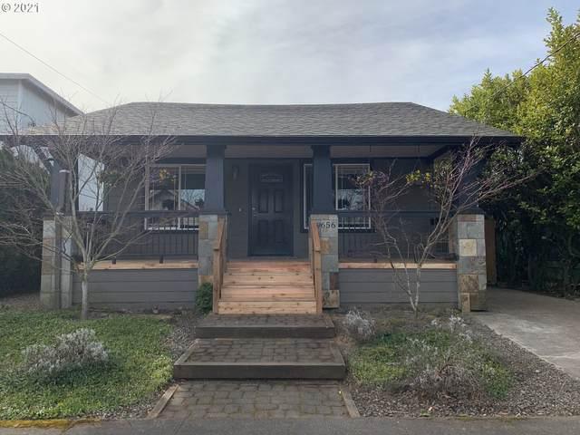 9656 SE Ramona St, Portland, OR 97266 (MLS #21679135) :: Fox Real Estate Group