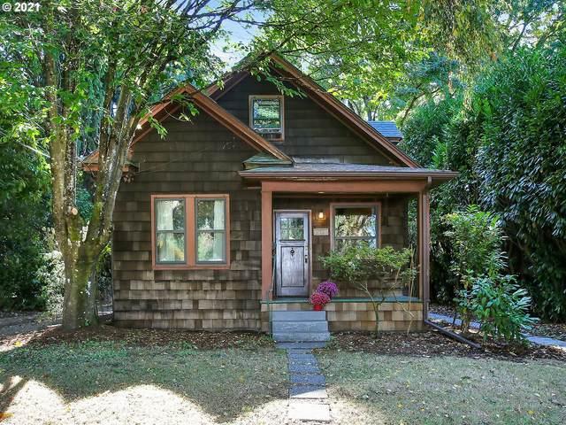 3736 SE Kelly St, Portland, OR 97202 (MLS #21680024) :: Fox Real Estate Group