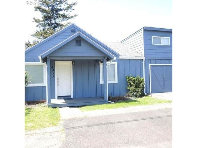 4933 SE Keel Ave, Lincoln City, OR 97367 (MLS #21680147) :: Song Real Estate