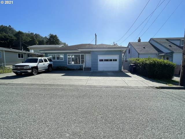 94241 Sixth St, Gold Beach, OR 97444 (MLS #21680623) :: Premiere Property Group LLC