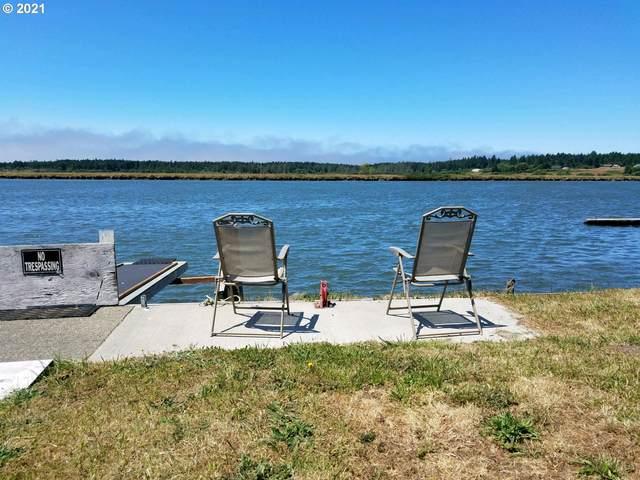 57599 Parkersburg Rd, Bandon, OR 97411 (MLS #21681680) :: Beach Loop Realty