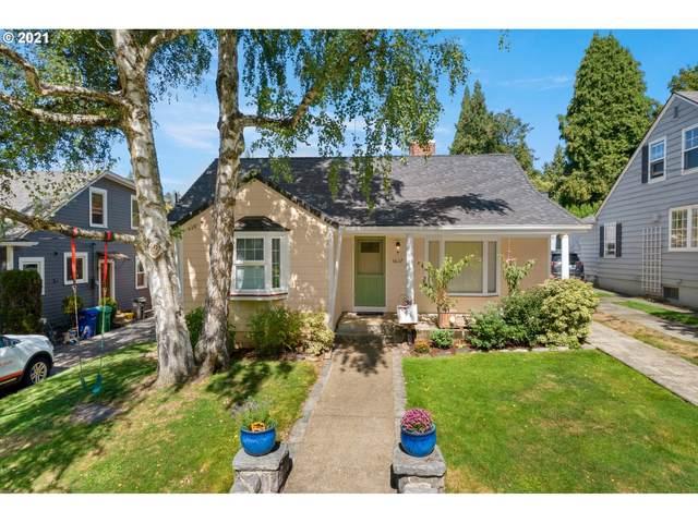 3637 SE Tolman St, Portland, OR 97202 (MLS #21681796) :: Lux Properties