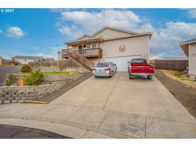 1320 SW 11TH Ct, Pendleton, OR 97801 (MLS #21681930) :: Cano Real Estate