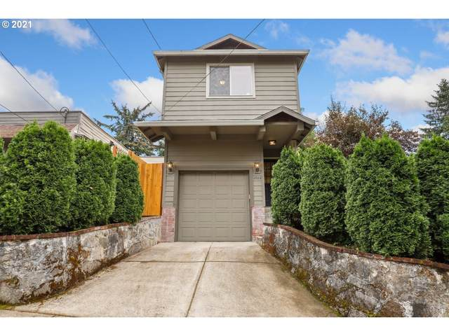 6922 N Edgewater Ave, Portland, OR 97203 (MLS #21682554) :: Real Tour Property Group