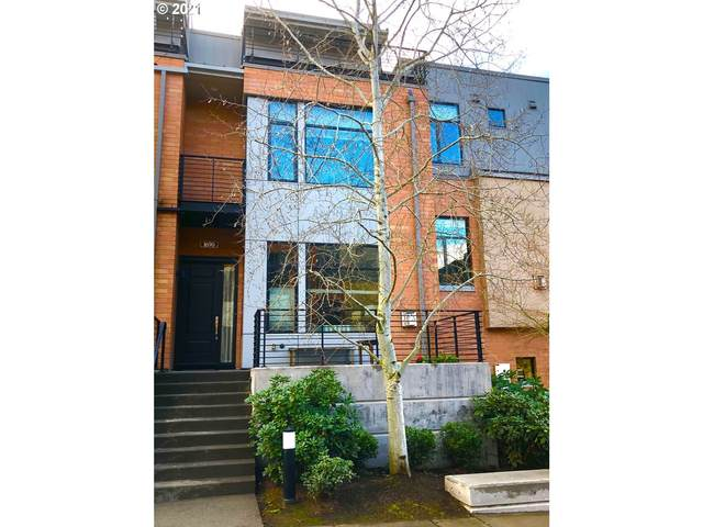 1690 NW Riverscape St, Portland, OR 97209 (MLS #21683072) :: Next Home Realty Connection