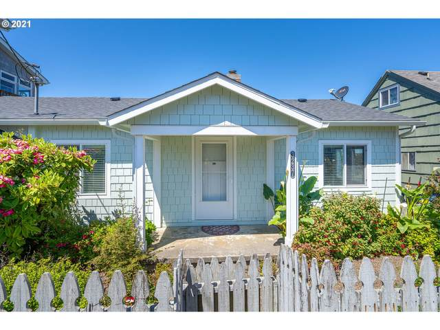 3237 SW Beach Ave, Lincoln City, OR 97367 (MLS #21683105) :: Cano Real Estate