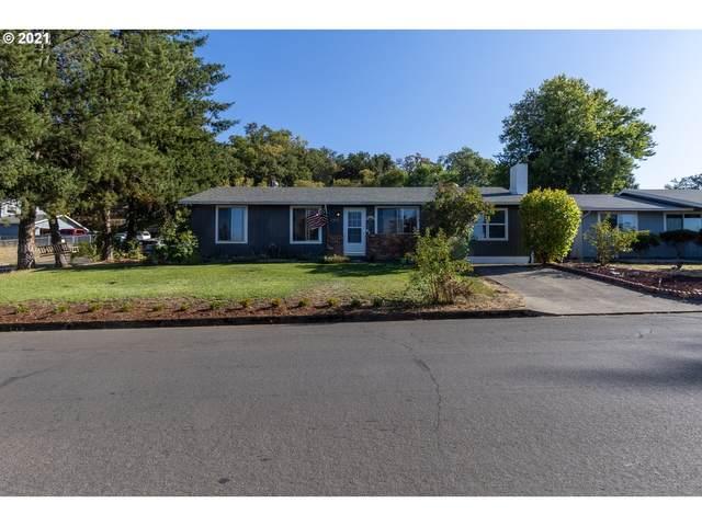2169 Del Mar Dr, Roseburg, OR 97471 (MLS #21684578) :: Premiere Property Group LLC