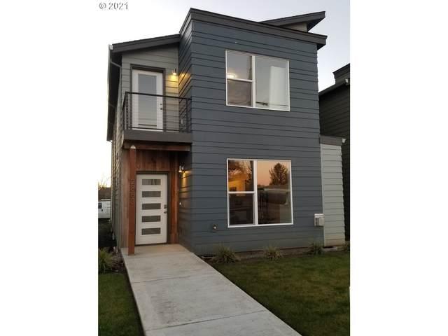 2883 SE Brookwood Ave, Hillsboro, OR 97123 (MLS #21685428) :: Premiere Property Group LLC