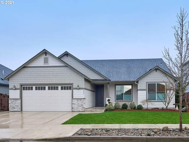 4577 N Noble Loop, Ridgefield, WA 98642 (MLS #21685499) :: Cano Real Estate