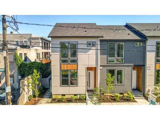 1267 SE Ivon St, Portland, OR 97202 (MLS #21687064) :: Fox Real Estate Group