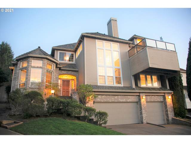 6760 SW Amber Ln, Portland, OR 97225 (MLS #21687385) :: Song Real Estate
