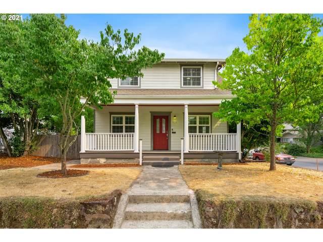8734 SE 15TH Ave, Portland, OR 97202 (MLS #21687638) :: Cano Real Estate