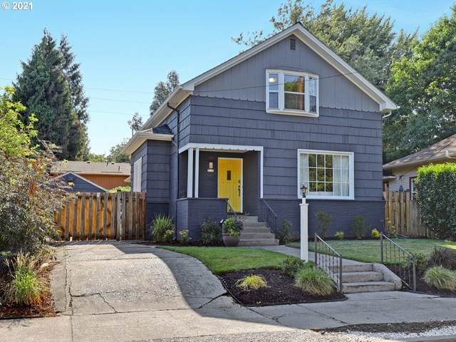 4224 SE 29TH Ave, Portland, OR 97202 (MLS #21688393) :: Lux Properties